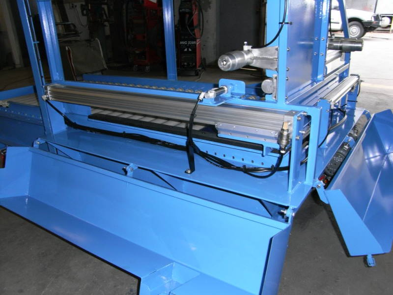 Pneumatic ram Box Pusher System C With IR Sensors