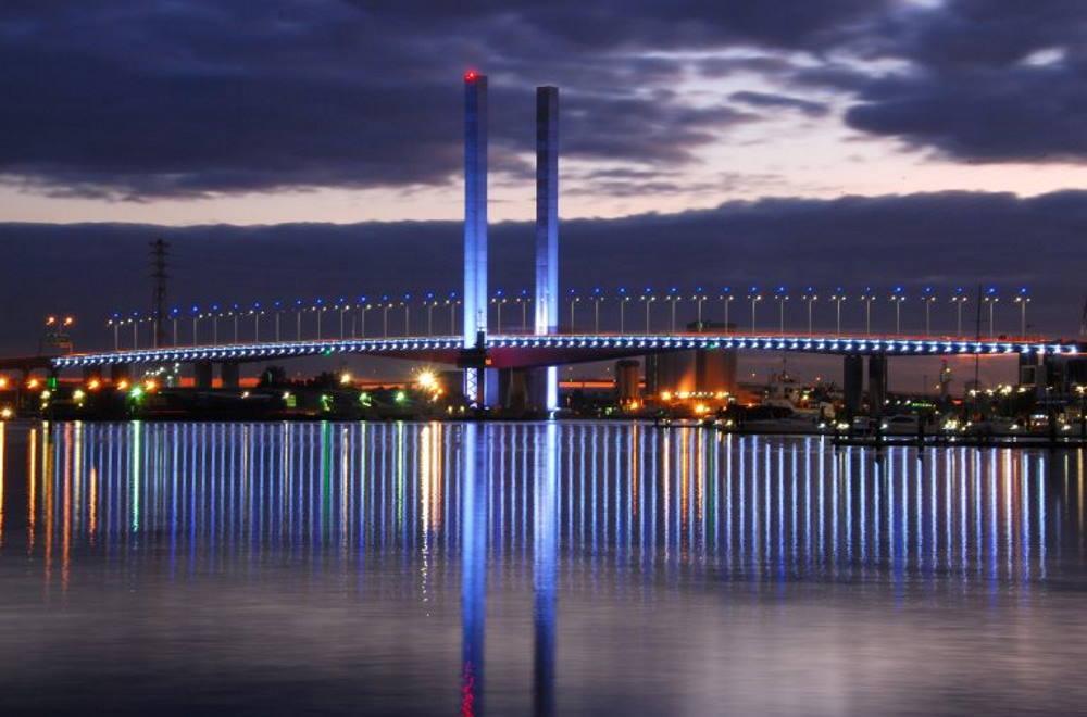 bolte-bridge-bridge-city-city-building-night